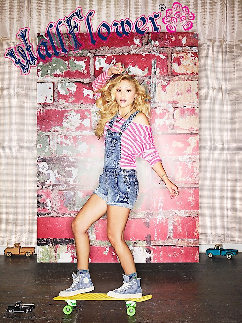 WallFlower Jeans - Olivia Holt Skateboard
